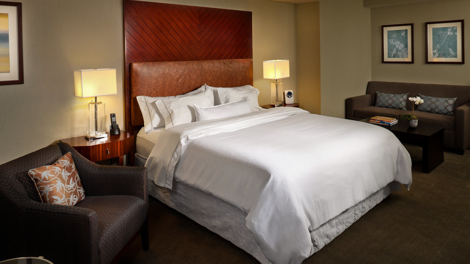 Premium Guest Room | The Westin Book Cadillac Detroit